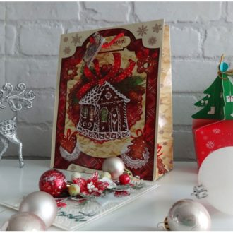 Пакет подарочный Новогодний Пряничный Дом, размер: 23 х 18 х 10 см